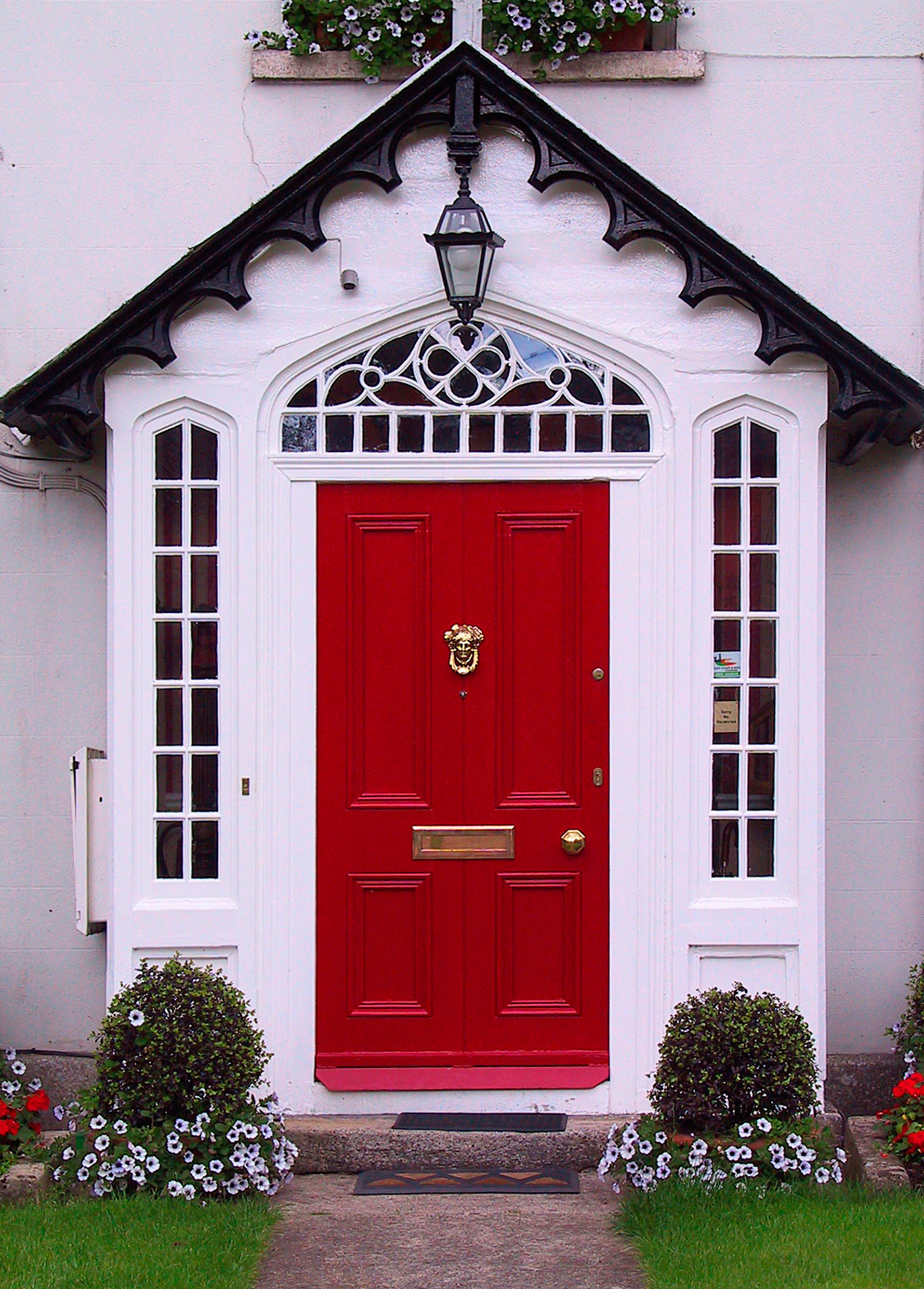 What type of front door should you choose for your bend oregon home - Front door color ideas inspirations can use ...