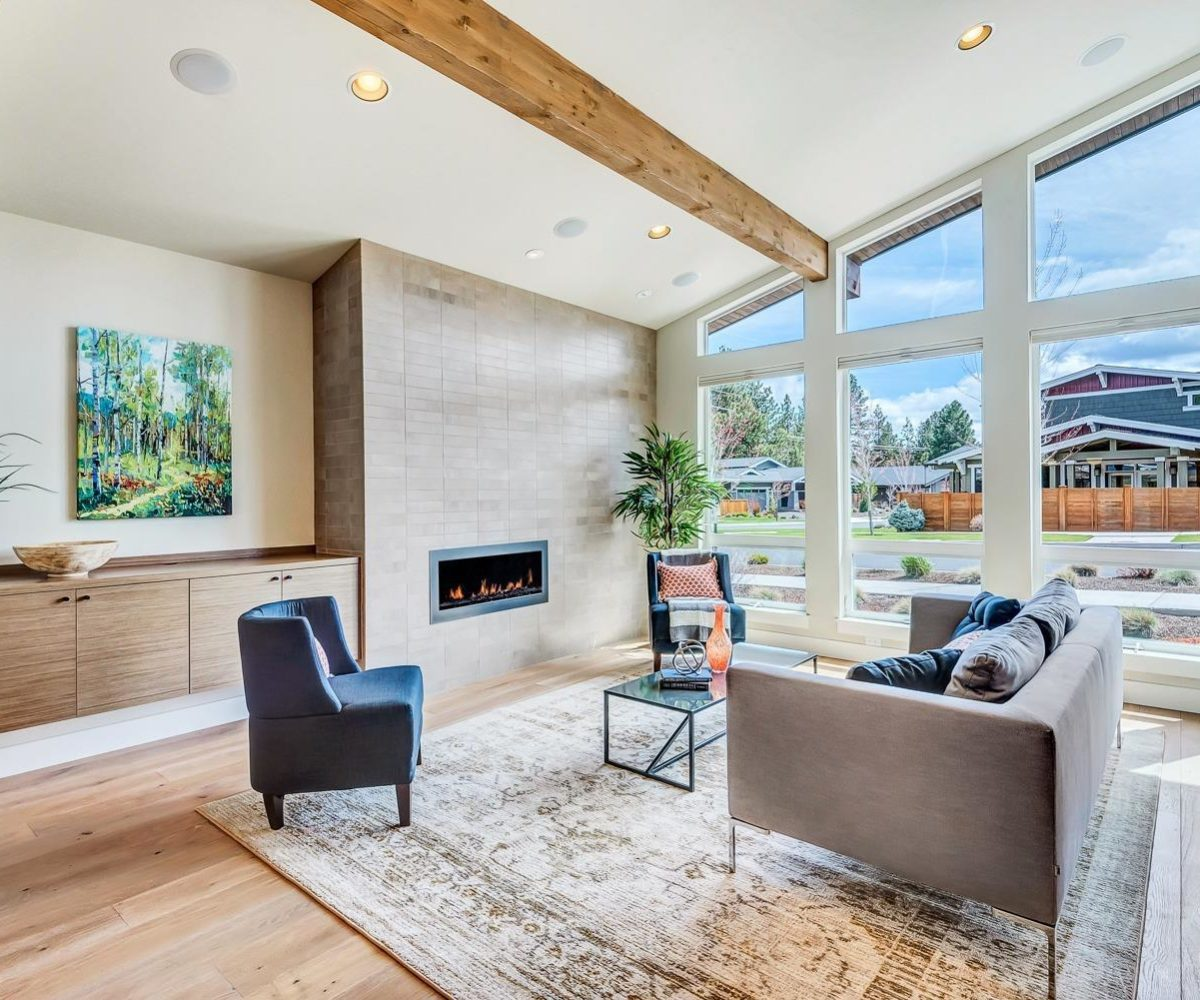 mid-century style modern living room in bend, oregon